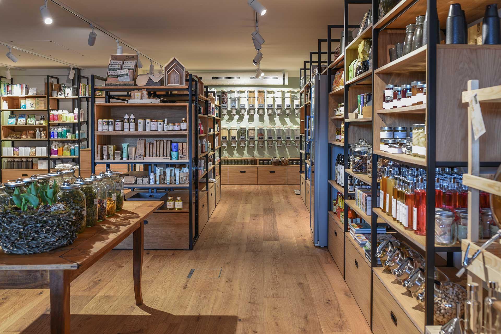 cosa Kosmetik ist nun im Café Badhus in Lingenau zu finden