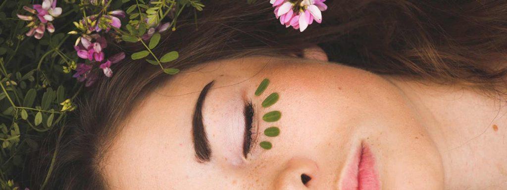 Die besten Tipps gegen Augenringe.