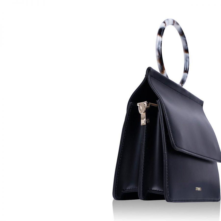 Vegane Handtasche Coco in Schwarz - Detailansicht hinten