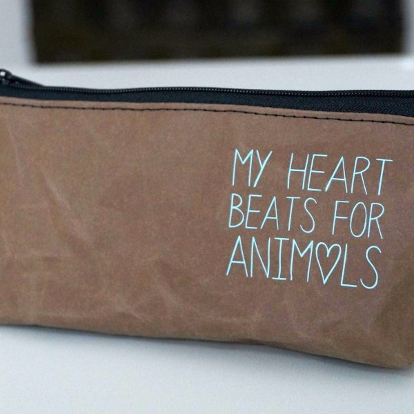 "Kosmetikbeutel ""My heart beats for Animals"""