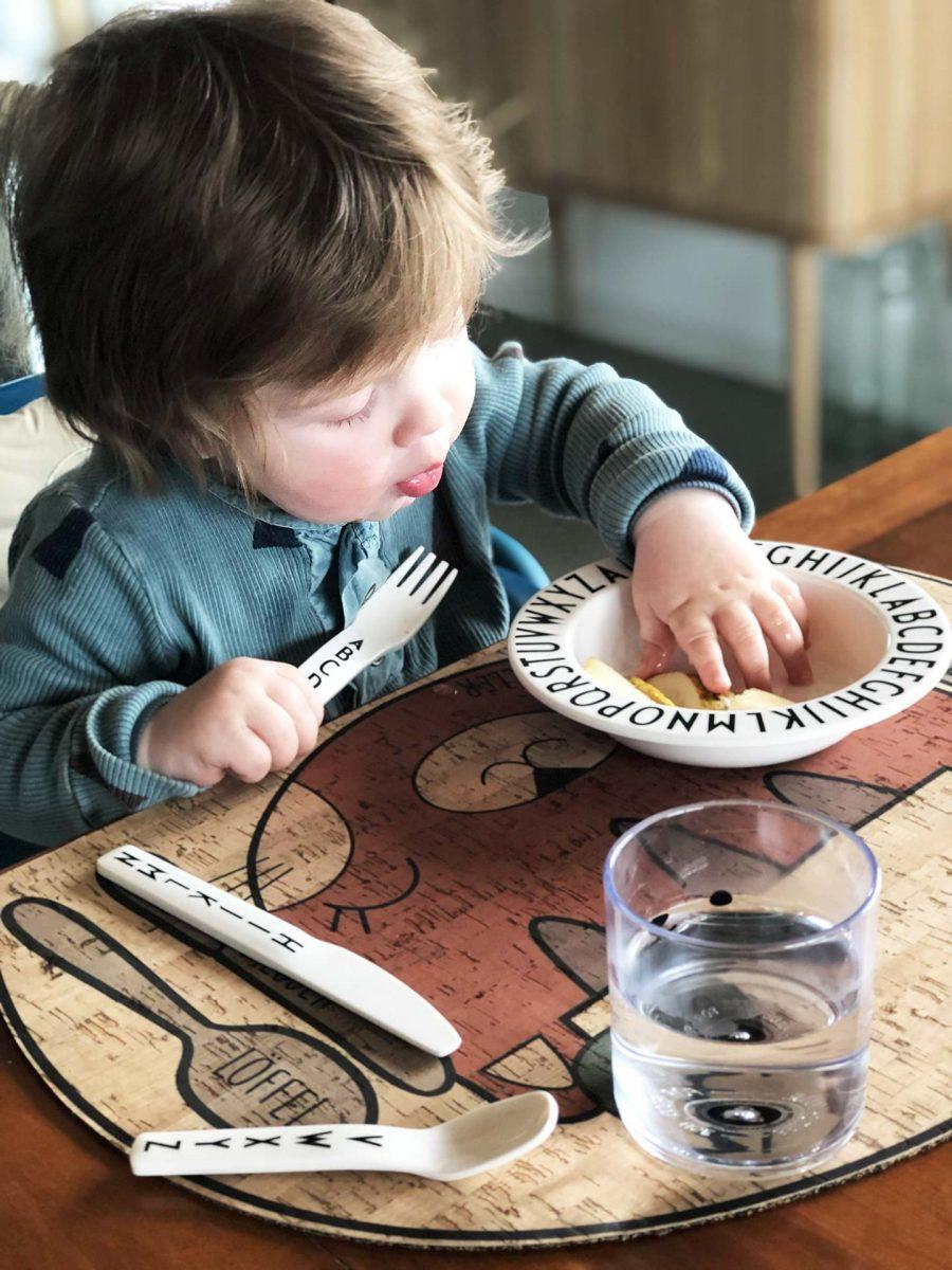 clarissakork-kork-kidsinterior-placemat-nordicliving-scandi-tischset-platzset-abwischbar-naturmaterial-kinder-kids-cat-kidsmeal