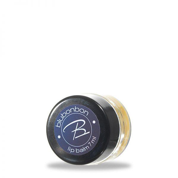 Die ideale Pflege für rissige und raue Lippen von Blubonbon.