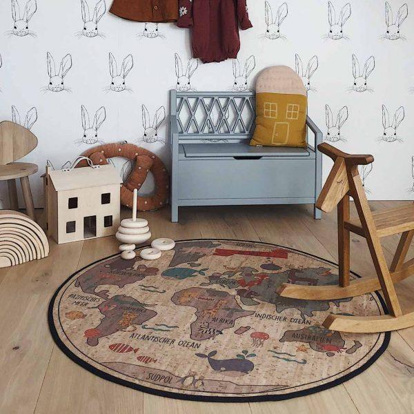 Spielteppich und Pinnwand aus Kork von ClarissaKork im cosa Kosmetik Onlineshop