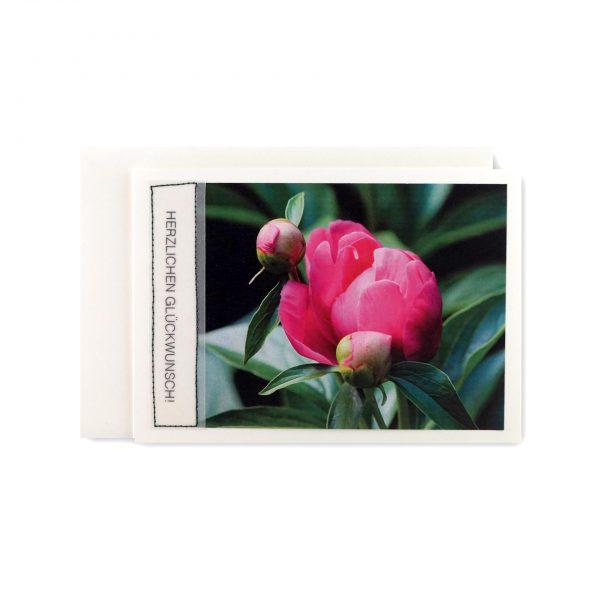 """Handgemachte Karte """"Herzlichen Glückwunsch"""" mit Blumendruck bei cosa Kosmetik"""