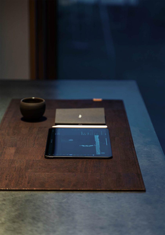 Schreibtischunterlage aus Kork, wahlweise mit Lasergravur von CLARISSAKORK