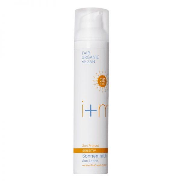 Die vegane Sonnenmilch mit Lichtschutzfaktor 30 für empfindliche Haut von i+m im cosa Kosmetik Onlineshop