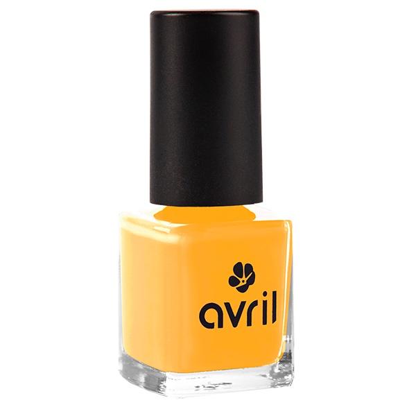 Der langanhaltende Nagellack in einem Mangoton von Avril im cosa Kosmetik Onlineshop