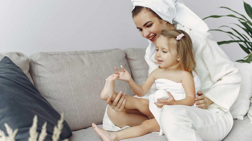 Hygiene, Reinigungs- und Pflegeartikel für Babies und Kinder – Naturkosmetik ohne Tierversuche bei cosa Kosmetik