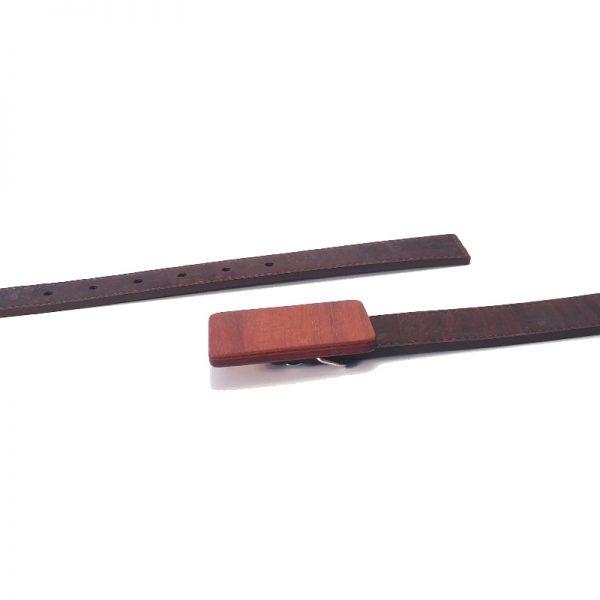 Gürtel mit Kork-Gürtelband und Holzschnalle in Jatoba - handgemacht im Bregenzerwald von go4nature
